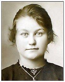 <b>Aline Alice</b> Arthémise Debacker; née le 24 sep 1908 à Lynde, 59173, France, <b>...</b> - debacker_aline_alice_arthemise_p